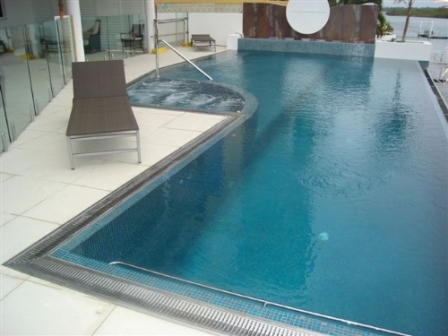 The Relationship Between Stainless Steel and Swimming Pools ...